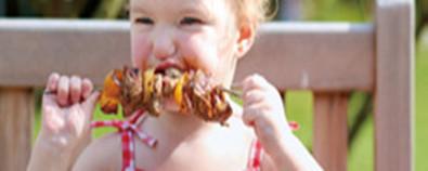 孩子易积食、爱发热,竟然是爱吃肉和零...