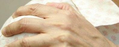 老年人肩臂痛莫忽视   小心肺癌找上...