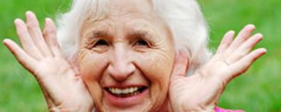 老年脱发症不治而愈 饮食起居注意这四...