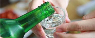 经常喝酒伤肝又伤胃 健脾护肝就吃这4...